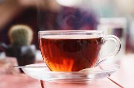 Thé, café : consommer des boissons très chaudes accroît le risque de développer un cancer de l'œsophage