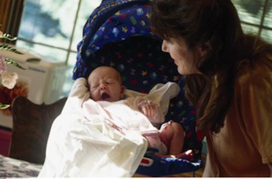 Les sages-femmes améliorent le suivi post-natal