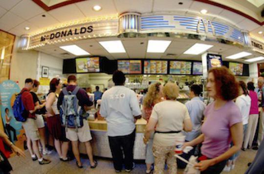 Fast-food : l'affichage des calories ne sert à rien