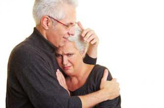 Maladies neurodégénératives : le plan inclut les aidants et les familles
