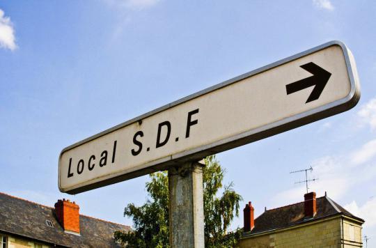 Près de 31 000 enfants sont SDF en France