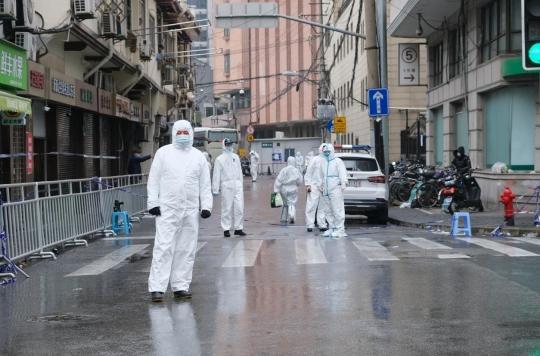 18 biologistes relancent les interrogations sur l'origine du virus
