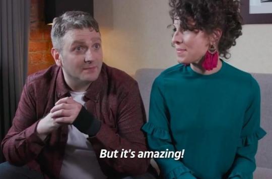 Né sans pénis, il fait l'amour pour la première fois à 45 ans grâce à un sexe bionique et raconte