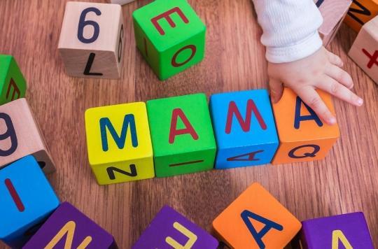 Quels seront les premiers mots de bébé ?