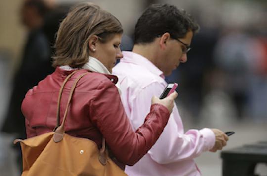 Sida : Détecter les comportements à risque via Twitter