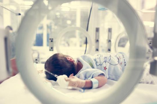 Prématurés : le lait maternel stimule le développement cérébral