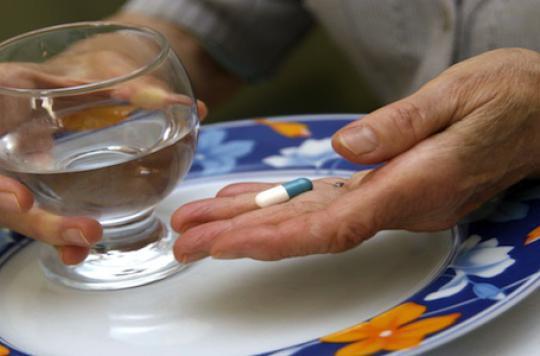 Chutes, dépendance : les effets secondaires des benzodiazépines