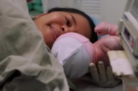 Colombie : un bébé nait avec un foetus dans l'abdomen