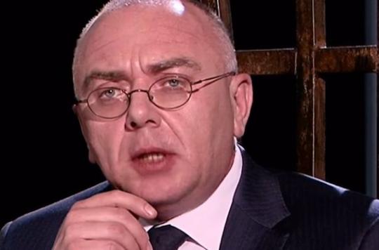 Russie : une star de la télé annonce sa séropositivité en direct