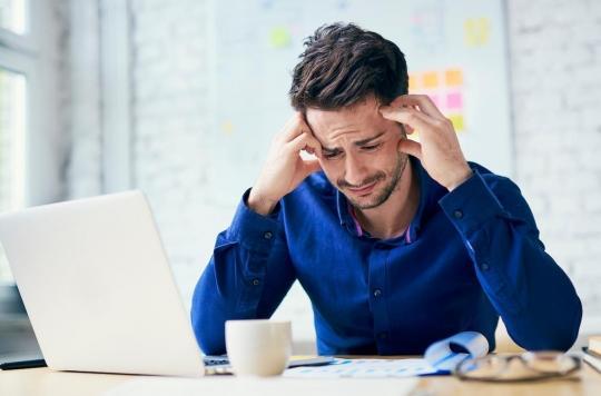 Les critiques sur les réseaux sociaux affectent plus les hommes que les femmes