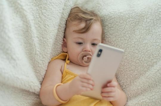 Pourquoi les écrans tactiles diminuent les capacités d'attention des tout-petits