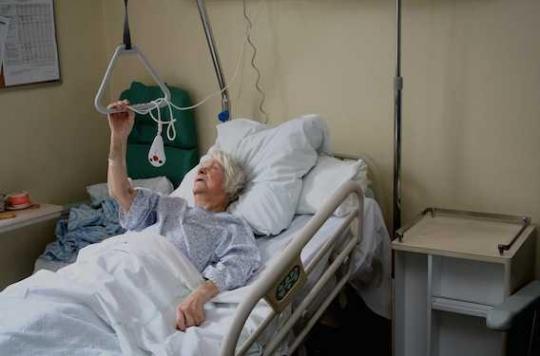 Fractures de hanche : le congé médicamenteux n'est pas bon