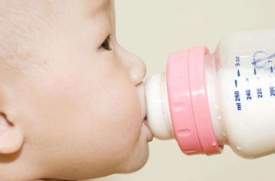 Alimentation : la nourriture pour bébé est trop riche en sucres