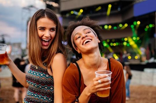 Tabac, alcool et cannabis chez les ados : la consommation varie fortement en fonction de la famille