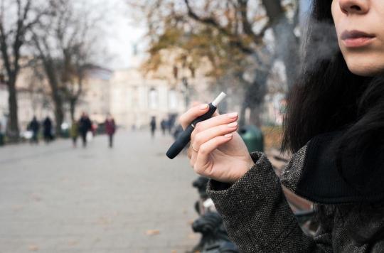 La cigarette électronique augmente le risque de maladies chroniques des poumons