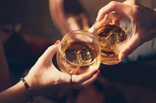 Cerveau : une consommation d'alcool légère à modérée aurait des vertus sur les fonctions cognitives