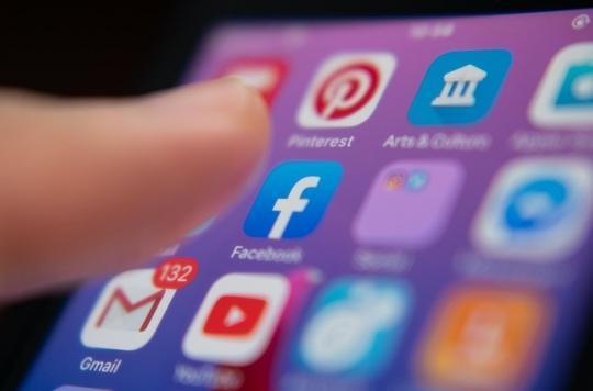Covid-19 : les utilisateurs de réseaux sociaux plus susceptibles de croire aux fake news