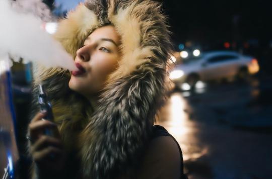 E-cigarette : les vapoteurs plus sensibles aux virus respiratoires que les fumeurs classiques