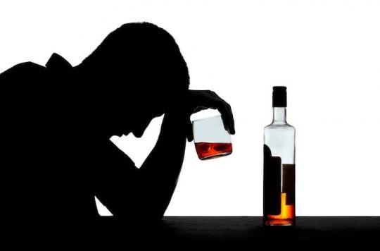 Baclofène et alcoolisme : 12 spécialistes dénoncent le \