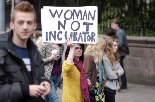 Appel à la grève des IVG: la démarche du Syngof est-elle légale?