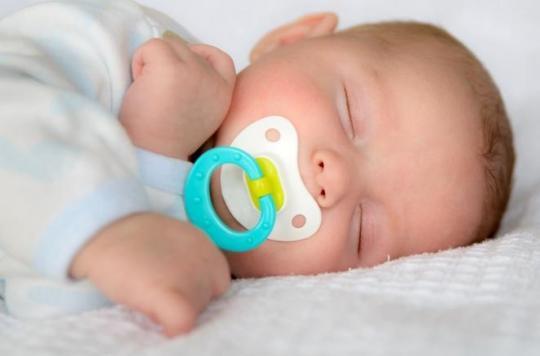 Pourquoi sucer la tétine de votre enfant est bénéfique pour sa santé