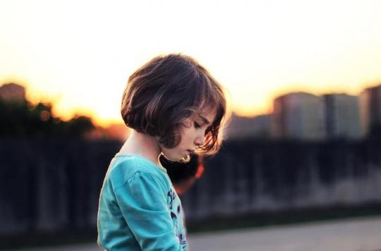 Inégalités de soins : les adultes prendraient moins au sérieux la douleur des petites filles