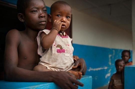 """Rougeole : 6 000 décès en RDC suite à la """"pire épidémie du monde"""""""