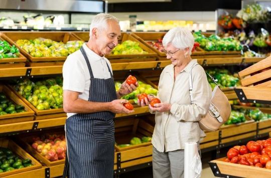 Les relations sociales, clé du bien-être chez les personnes âgées