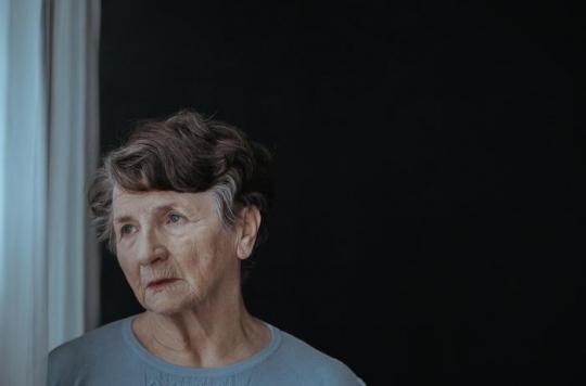 Chez les personnes âgées, la dépression peut causer des troubles de la mémoire