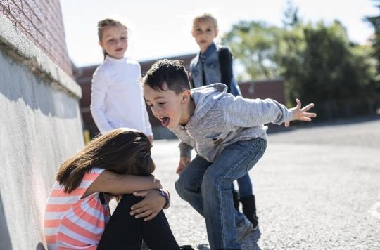 Les enfants qui manquent d'empathie peuvent devenir de mauvais garçons !