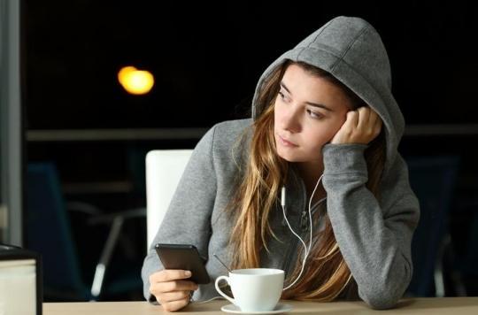Les réseaux sociaux affectent la manière dont les jeunes femmes perçoivent leur corps