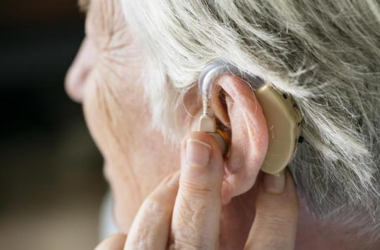 Le port de prothèses auditives réduit le risque de démence