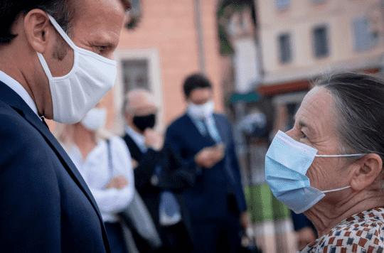 Soupçonnés d'être toxiques, les masques Dim ne doivent plus être utilisés par les enseignants