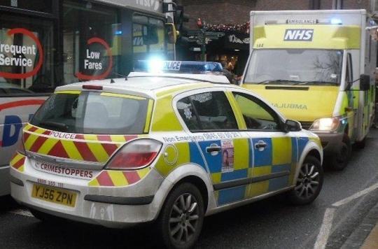 Royaume-Uni : les temps d'attente explosent aux urgences