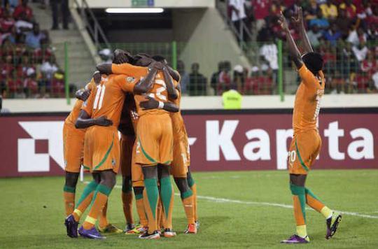 Ebola : les matchs de foot de nouveau autorisés en Guinée