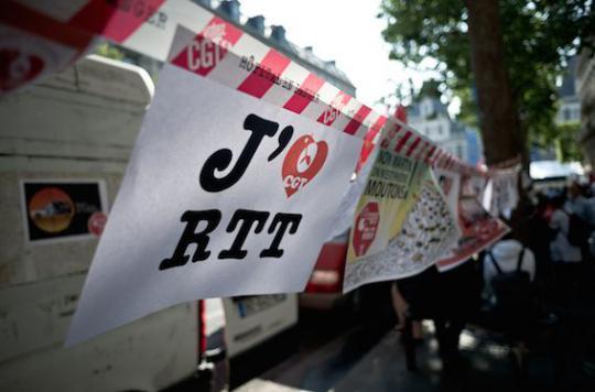 AP-HP : les syndicats rejettent le plan d'économie