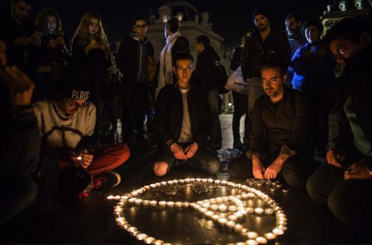 Stress post-traumatique : traitement innovant pour les victimes des attentats