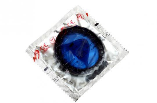 Des ados inventent un préservatif qui change de couleur en cas d'infection