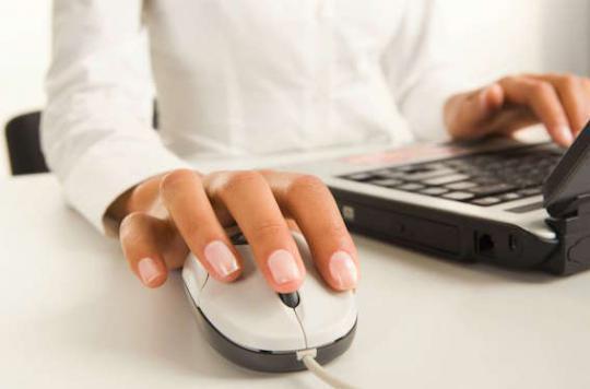Santé au travail : trop consulter ses e-mails est source de stress