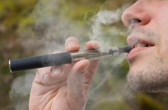 Cigarette électronique : net déclin chez les jeunes américains