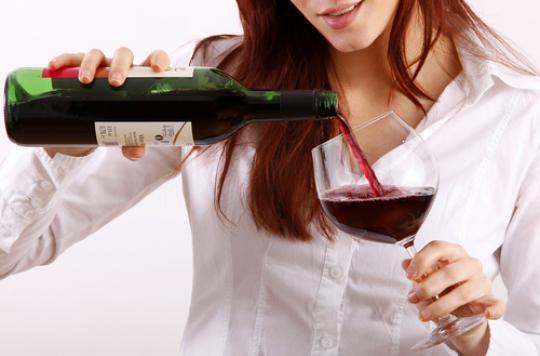 Cancer du sein : consommer plus d'alcool augmente le risque