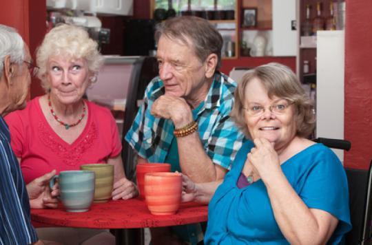 Démence : le café réduit les risques chez les femmes de plus de 65 ans