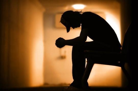 Un algorithme identifie des personnes aux idées suicidaires