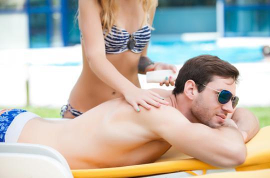 Fertilité : les crèmes solaires perturbent les spermatozoïdes