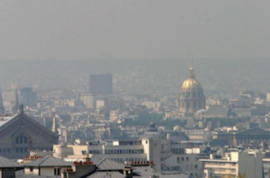 Pollution : la circulation alternée mise en place à Paris mardi