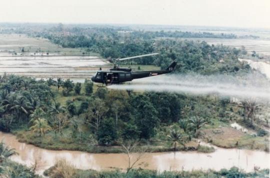 Dioxine: des Vietnamiens encore victimes de l'agent orange