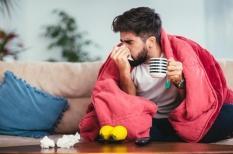 Grippe : une fièvre et une toux brutales qui mettent les malades au lit