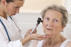 Otite et douleur d'oreille de l'adulte : un avis médical ORL est nécessaire