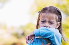 Toux de l'enfant : sèche ou grasse, elle doit être respectée